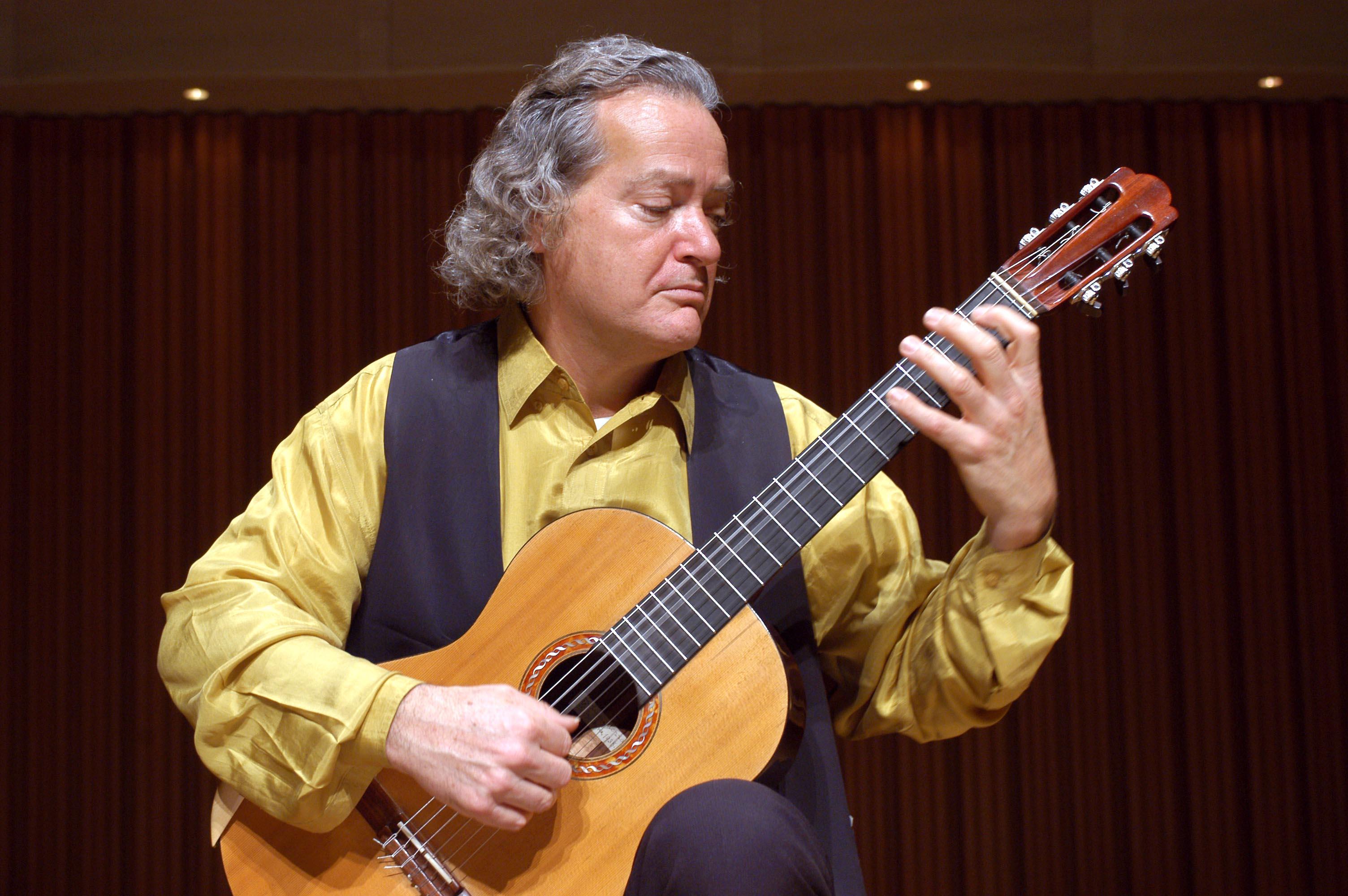 کارلو دومنیکونی؛ آهنگساز چند فرهنگی 1